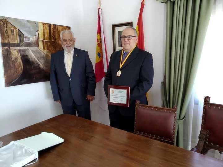 Fernando Álvarez de los Heros ha sido nombrado Hijo Adoptivo de Mohernando