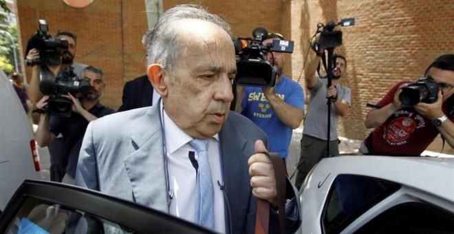 Muere a los 66 años de un cáncer de pulmón Enrique Álvarez Conde, el director de los polémicos másteres de la Universidad Rey Juan Carlos