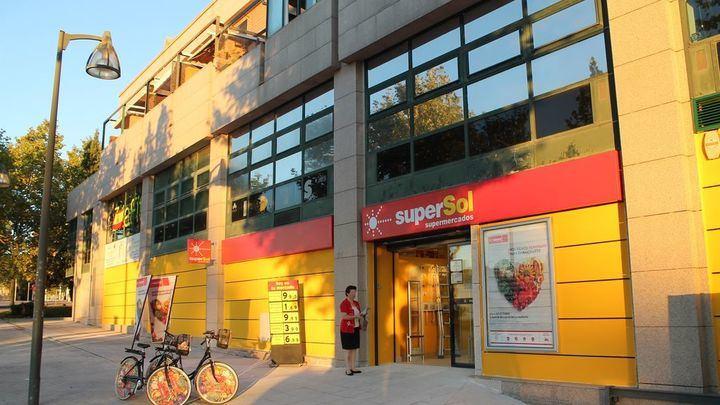 La cadena de supeprmercados Supersol plantea un ERE de 404 despidos