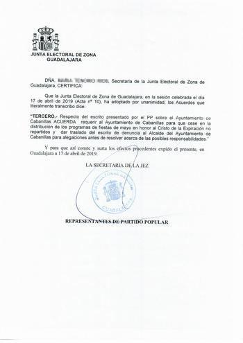 La Junta Electoral obliga a Salinas a retirar el programa de las fiestas de mayo de Cabanillas por hacer propaganda