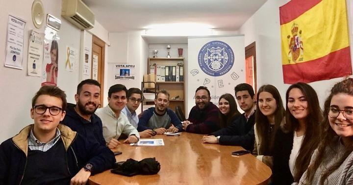 NNGG CLM se reúne con la Asociación Popular de Estudiantes