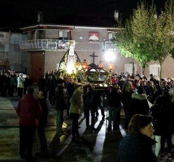 Fe, devoción y recogimiento durante la celebración de la Semana Santa en Yebra
