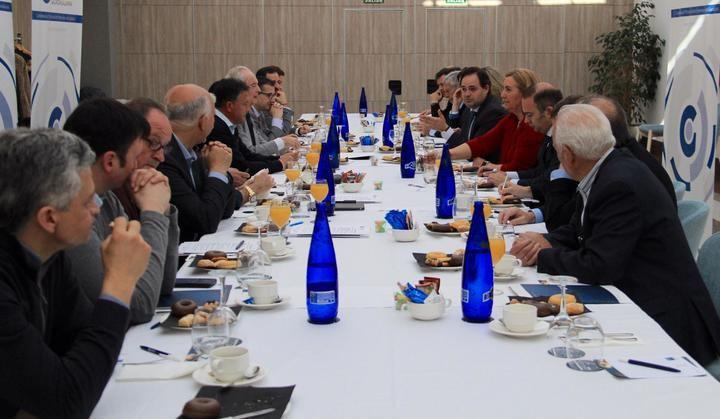 Núñez propone en Guadalajara bonificaciones de hasta 15 meses para las empresas que conviertan desempleados en indefinidos