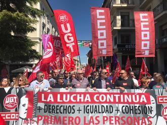 Dos mil quinientas personas exigen en Guadalajara más derechos e igualdad en el Primero de Mayo