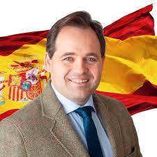 """El presidente del PP en CLM, Paco Núñez tras ejercer su derecho al voto : """"El futuro de España lo escriben los españoles y el futuro de Castilla-La Mancha, los castellano-manchegos"""""""