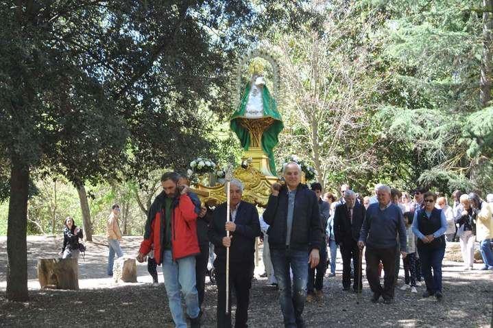 """La """"Virgen de la Granja"""" hermana a Yunquera de Henares y Heras de Ayuso en la festividad de """"San Cleto"""""""