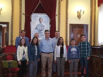 Entregados en el Ayuntamiento de Guadalajara los premios del primer concurso literario organizado por La Camada