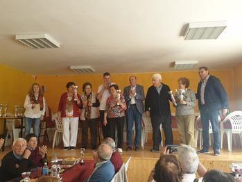 Latre felicita a los ganadores y participantes de la XIX edición de los Bolos Billa en Auñón que organiza la Diputación y la Federación de Jubilados