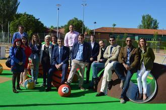 Román anuncia la construcción de un nuevo Parque de Ocio Deportivo en Las Lomas, similar al realizado en Manantiales