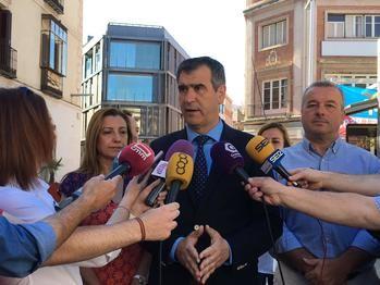 Román anuncia la creación de una nueva línea de autobús que conectará el Balconcillo con el centro, el Hospital, el Ferias y los Juzgados