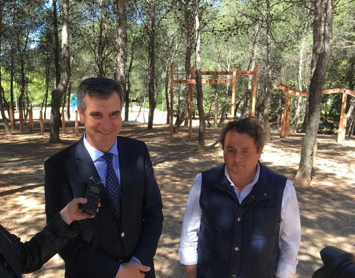 Antonio Román anuncia la creación de una zona multiaventura en el parque de La Constitución de Guadalajara