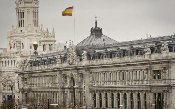 El Banco de España multa al banco Santander y Unicaja a pagar 7,9 millones de euros por abusos en sus hipotecas