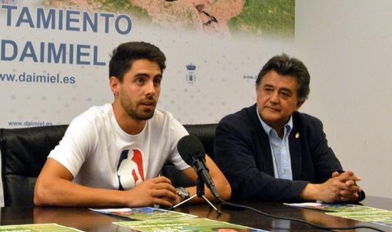 El tercer campus de fútbol 'Rubén Sobrino' amplía horarios y espacios