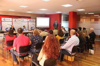 Empresarios alcarreños se interesan por las soluciones para la internacionalización de las pymes