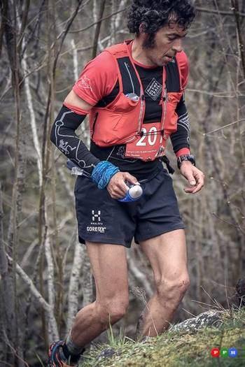 El corredor alcarreño Sergio Tejero, estratosférico, vence en la Euskal Trail por delante del francés Jerome Mirassou