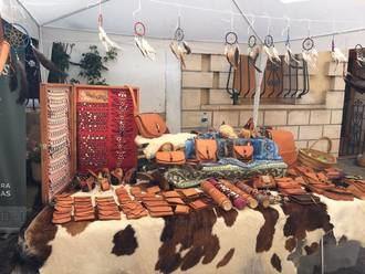 Feria de Artesanía y Alimentación en El Pobo de Dueñas