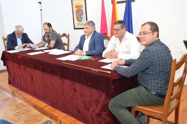 Eugenio Esteban toma posesión como alcalde de Tamajón