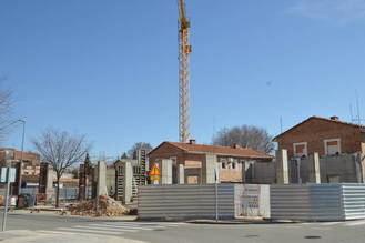 El ayuntamiento de Azuqueca reclamará a la empresa Eiffage Infraestructuras daños y perjuicios por el abandono de unas obras