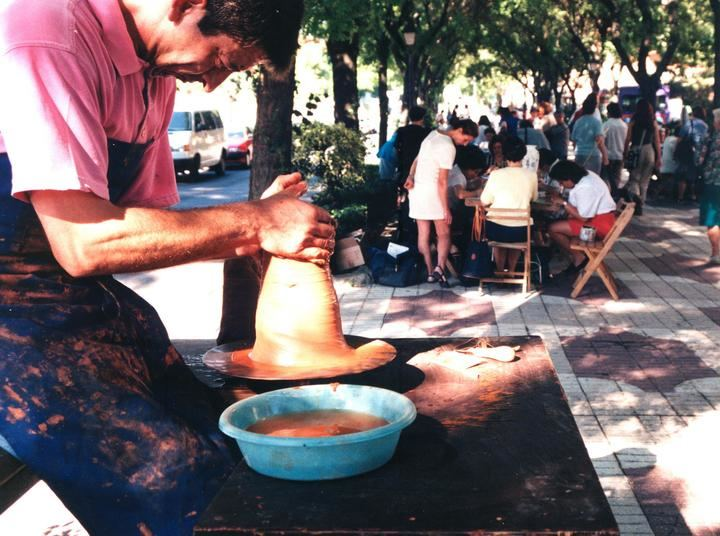 La Diputación de Guadalajara concede ayudas a 40 municipios y una EATIM para cursos de actividades culturales tradicionales