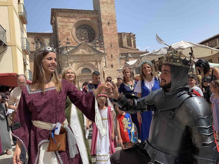 En torno a 25.000 personas han llenado la ciudad de Sigüenza en sus XX Jornadas Medievales
