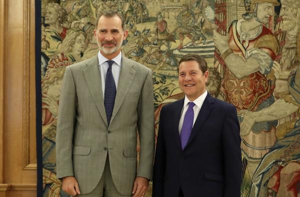 García-Page traslada al rey los principales proyectos de Castilla-La Mancha para los próximos cuatro años
