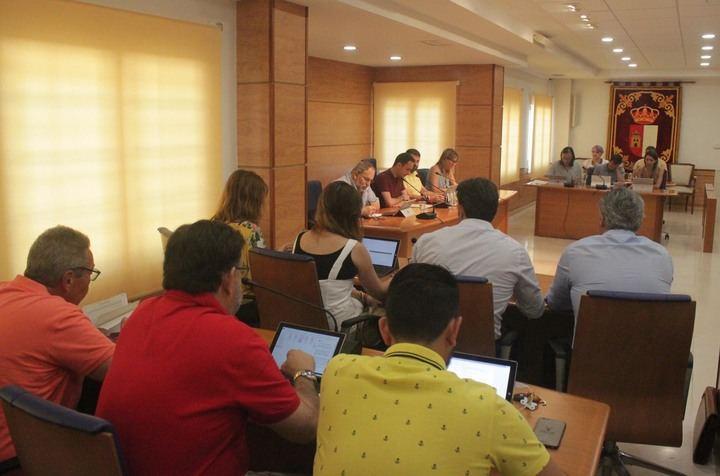 El Ayuntamiento de Cabanillas aprueba modificaciones de crédito por valor de 1'2 millones, para afrontar inversiones y gastos