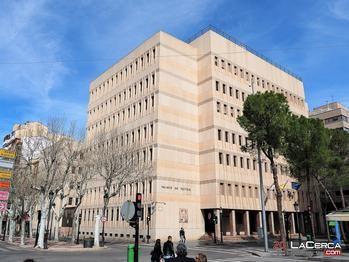 Cinco heridos y tres detenidos tras una reyerta a la salida de los juzgados de Albacete