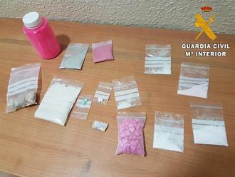 La Guardia Civil detiene a dos personas en Seseña por tráfico de drogas