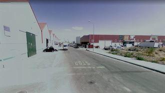 Un trabajador de 24 años pierde la vida tras caerse del tejado de una nave en Alovera