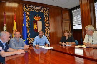 UGT y CCOO tratan sobre siniestralidad, despoblación y diálogo social en la primera toma de contacto con el delegado de la Junta en Guadalajara