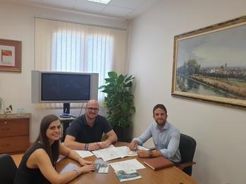 Los Ayuntamientos de Alovera y Yunquera de Henares reciben la visita de los técnicos de 'Guadalajara Empresarial'