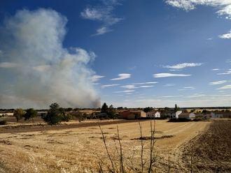 Declarado el nivel 1 en el incendio de Guadalajara, tras el corte de la carretera que une Lupiana y Valdeavellano