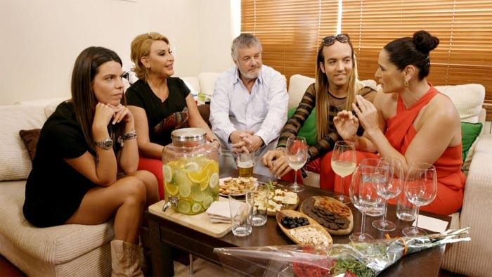 ¡HOLA! El enfado de Rosa López con sus compañeros de 'Ven a cenar conmigo gourmet'