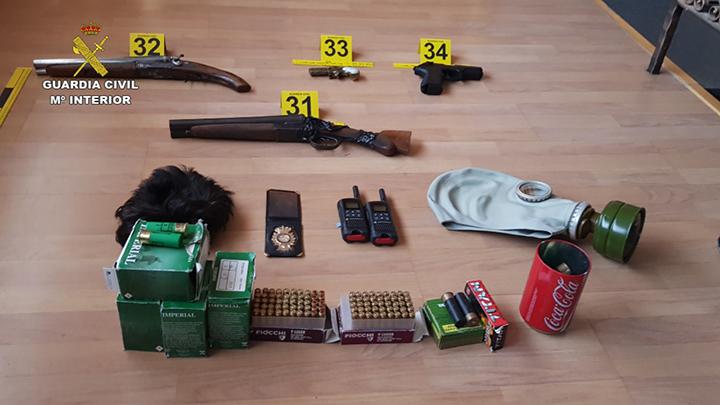 La Guardia Civil desarticula un grupo criminal con la detención de sus 11 integrantes