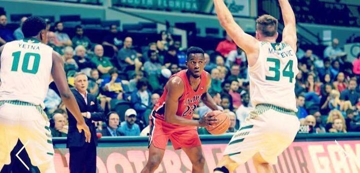 El ala-pivot congoleño Cedric Belemene, quinto fichaje del Isover Basket Azuqueca