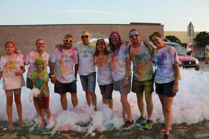 Participación récord en la Carrera de Colores de Quer