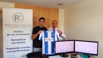 Álvaro Antolín firma con el Hogar Alcarreño