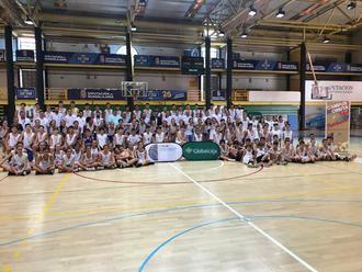Más de un centenar de jóvenes han participado, en el San José, en el II Campus de Baloncesto de la Federación de Castilla-La Mancha