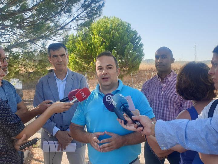 """Carnicero anuncia el final del tercer carril de la calle San Agustín para octubre """"ante la ausencia de información del gobierno del Ayuntamiento"""""""