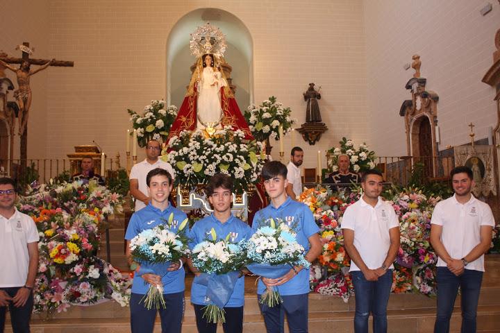 El Hogar Alcarreño en la ofrenda floral a la Virgen de la Antigua