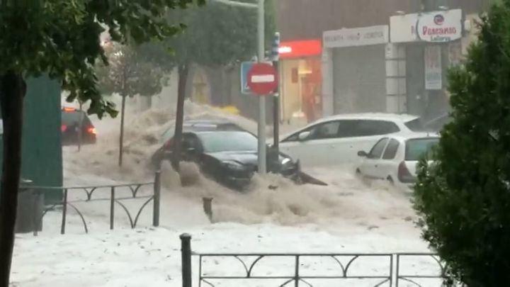 La tormenta provoca riadas y graves inundaciones al sur de la Comunidad de Madrid, sobre todo en Arganda y Alcalá de Henares