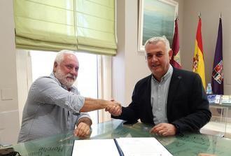 La Diputación de Guadalajara aporta 6.000 euros para señalizar 125 km de ruta senderista en el Alto Tajo