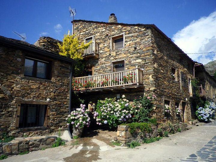 Castilla La Mancha y Guadalajara figuran en el mes de julio y agosto en el furgón de cola del turismo rural en España