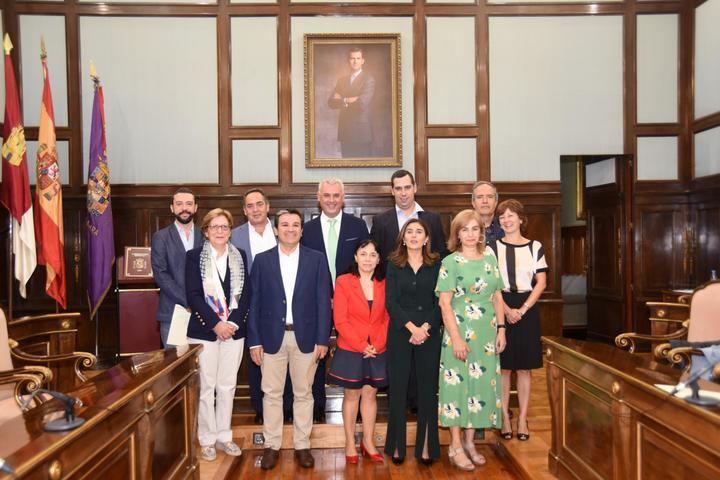 La Diputación de Guadalajara refuerza servicios a los pueblos con la incorporación de diez funcionarios de carrera