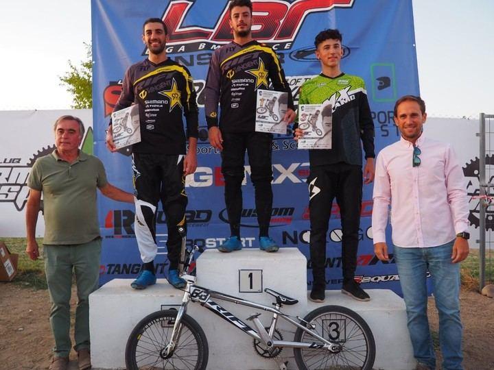 Gran nivel del BMX talaverano en la cuarta ronda de la Liga LBR disputada en el circuito de El Casar