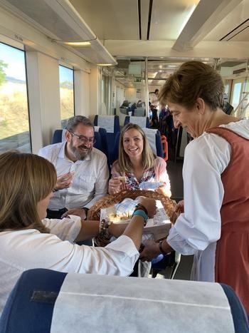 Eusebio Robles invita a toda la ciudadanía a conocer Sigüenza a través del Tren Medieval que parte cada sábado de la Estación de Chamartín
