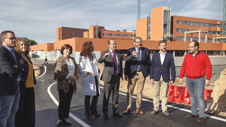 El segundo acceso al Hospital Universitario de Guadalajara se abre al tráfico este jueves