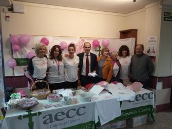 El Ayuntamiento de Guadalajara colabora con la marcha solidaria del IES Brianda de Mendoza contra el cáncer de mama