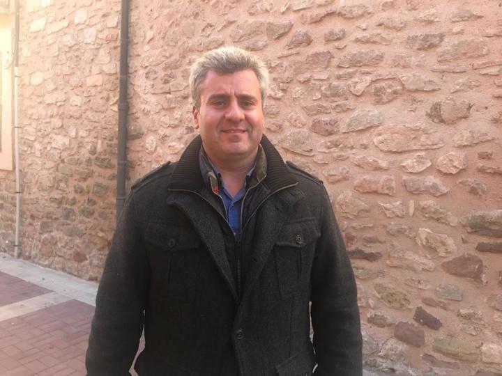 Alfonso Esteban lamenta 'la sumisión de Page a Sánchez y le responsabiliza de la pérdida de protagonismo de nuestra tierra en detrimento de Cataluña'