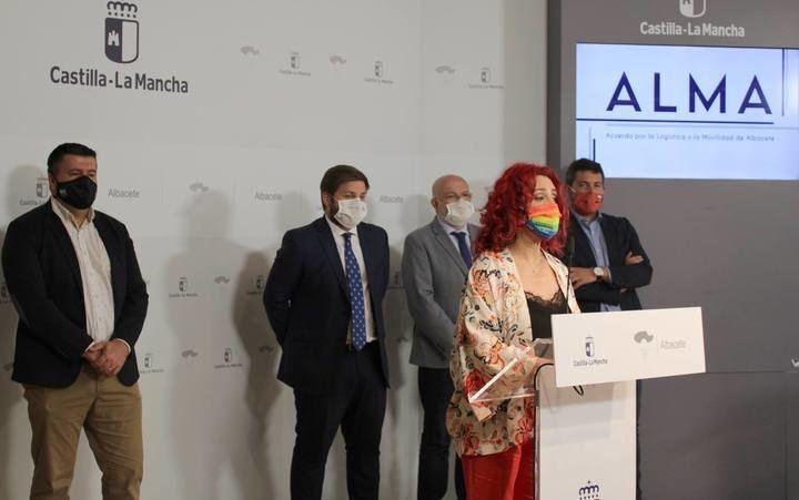 Olga Arribas resalta los más de 1.000 empleos previstos en un primer desarrollo del Acuerdo por la Logística y Movilidad de Albacete (ALMA)